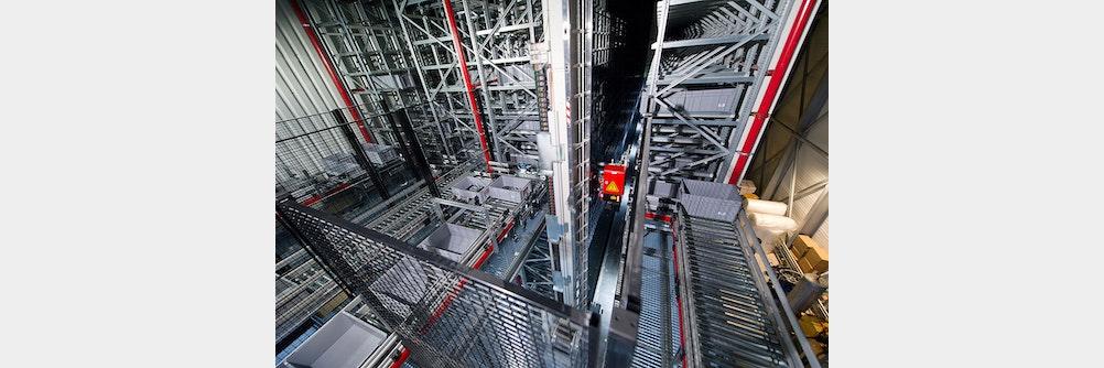 viastore-Anlage optimiert die Warenströme in Logistik und Montage bei GEMÜ