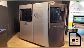 Werkzeugschleifmaschine mit integrierter Roboter Automation ⚠️