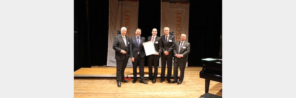 ebm-papst Mitarbeiter erhält Wirtschaftsjunioren-Preis der Region Heilbronn-Fra