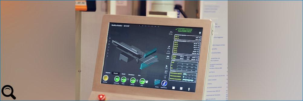 Fokus auf die Phoeni-x CNC