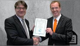 Steuerungssoftware KUKA.PLC mxAutomation 2.1 von PLCopen zertifiziert
