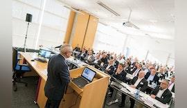 Materialvielfalt in der Möbelbranche, Lösungen beim LEUCO Fachsymposium