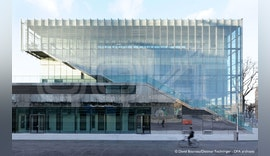 Intelligente Lamellenfassade für neues Sportzentrum in Paris