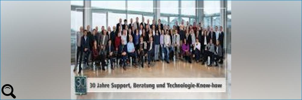 30 Jahre Support, Beratung und Technologie-Know-how = HY-LINE