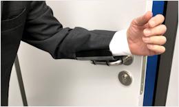 Türen öffnen in Corona-Zeiten - Der KIPP Türgriffschutz