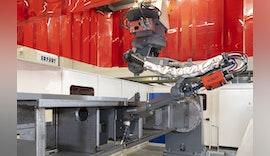 Innovative Roboterschweißzelle von YASKAWA bringt maximale Flexibilität bei Arburg