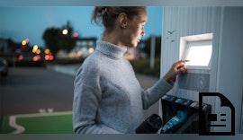 Vernetzte E-Ladesäulen mit cleverem Komfort für Kunden und Betreiber