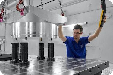 Modulare Nullpunktspanntechnik erleichtert und beschleunigt Arbeit bei Modellbauer